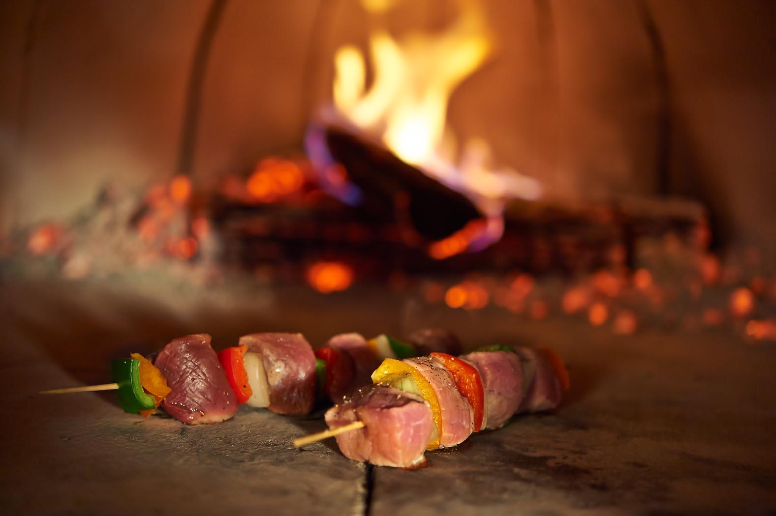 Comment faire des brochettes au feu de bois recette facile le panyol - Brochettes aperitives sans cuisson ...